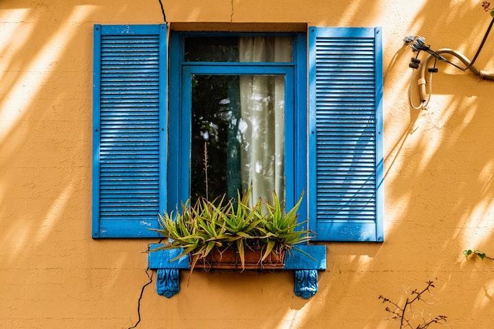 تعویض پنجره قدیمی آلومینیومی